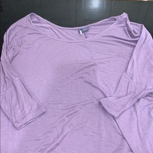 Basic lilac colored tunic